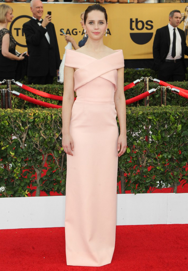 3_Felicity Jones in Balenciaga
